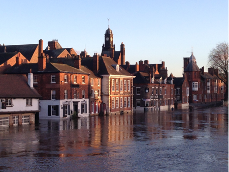 Figure 1. Flooding of the River Ouse at York on 8 December 2015. Photo taken by and copyright of Richard Hanna, Imperial College London.